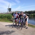 Bert (l) en Iwan (r) bij Kinderdijk